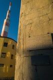 TV-post op piekbotev, de hoogste piek van de Stara-planinabergen bij zonsondergang o Royalty-vrije Stock Afbeeldingen
