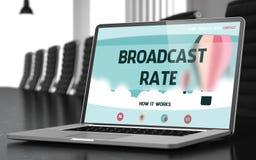 TV-sändninghastighet på bärbara datorn i konferensrum 3d Royaltyfri Bild