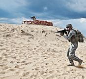 Två soldater Arkivfoton