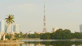 TV-toren in de stad van Hanoi vietnam het jaar van 2016 Stock Foto's