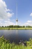 TV-torretta nel paesaggio olandese Fotografia Stock Libera da Diritti