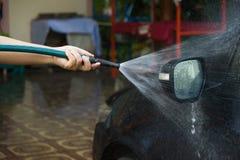 Tvagning bilen Royaltyfri Bild