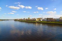 Tver, Russia - mogą 07 2017 Widok quay Mikhail Yaroslavich od rzeki Obrazy Royalty Free