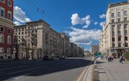 Tverskaya街在莫斯科,俄罗斯 免版税图库摄影