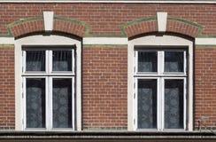Tvilling- fönster Arkivfoto
