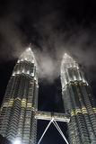 tvilling- Kuala Lumpur malaysia petronas torn Royaltyfri Fotografi