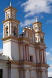 Tvilling- kyrkliga torn Royaltyfria Foton