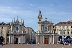 Tvilling- kyrkor för Turin San Carlo fyrkant Arkivbild