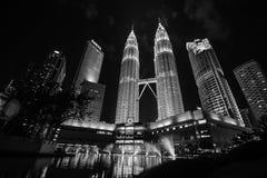 tvilling- petronas torn Arkivfoto