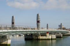 Tvilling- seglar bron, Poole Arkivbild