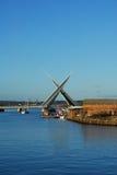 Tvilling- seglar bron, Poole Royaltyfri Fotografi