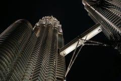 tvilling- torn för klccnattplats Royaltyfri Bild