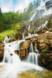 Tvindefossen瀑布在挪威 惊人和美丽的景色 免版税库存照片