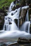 Tvindefossen瀑布在挪威 库存照片