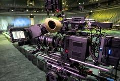 Tvkamera i en konserthall Arkivfoton