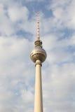 TVtorn eller Fernsehturm i Berlin, Tyskland royaltyfria foton