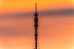TVtorn på solnedgången i den Orenburg staden Fotografering för Bildbyråer