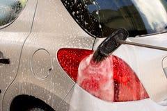 Tvätt av en bil Royaltyfri Foto