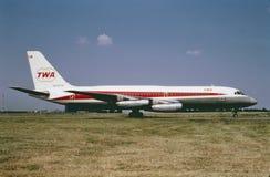 TWA Convair CV-880 nach einem Flug nach Cincinnati, Ohio am 4. Juni 1968 lizenzfreies stockfoto