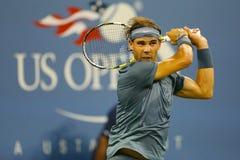 Twaalf keer Grote Slagkampioen Rafael Nadal tijdens tweede ronde gelijke bij US Open 2013 Stock Fotografie