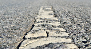 Twarda, ciężka asfaltowa droga jako sposób cywilizacja, Obraz Stock