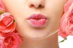 Twarz piękna młoda kobieta i kwiat Zdjęcie Stock