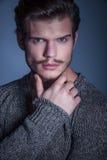 Twarz piękno mężczyzna z niebieskimi oczami Fotografia Royalty Free