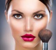 twarz robi makeup robić Zdjęcia Stock