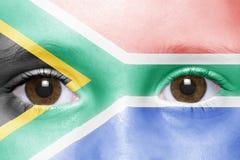 Twarz z południową Africa flaga zdjęcia stock