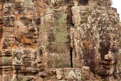Twarze w Bayon świątyni przy zmierzchem, Angkor Wat obraz royalty free