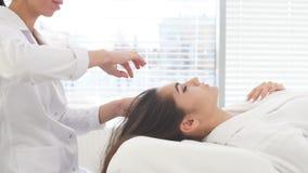 Twarzowa zdrój kosmetologii procedura Skóry opieki dźwignięcia anty pełnoletni masaż zbiory wideo