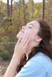 twarzy dziewczyny słońce nastoletni Fotografia Royalty Free