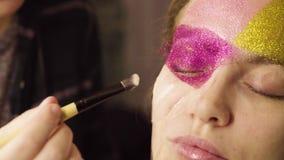 Twarzy sztuka Makijażu artysty obraz zbiory wideo