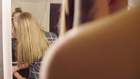 Twarzy sztuka Makijażu artysty początek malować zdjęcie wideo