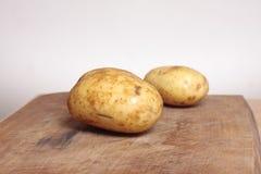 Twee aardappels Stock Fotografie