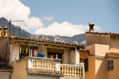 Twee balkons met bergen als achtergrond Stock Foto's