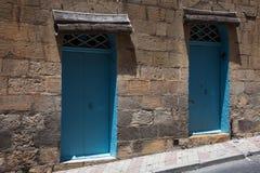 Twee blauwe deuren Stock Afbeelding