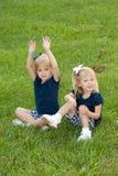Twee blonde meisjes Stock Afbeelding