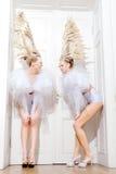 Twee blonds met een lang artistiek kapsel Royalty-vrije Stock Fotografie