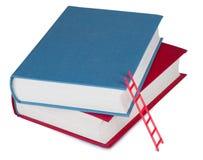 Twee boeken met de rode trap Stock Foto's