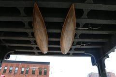 Twee boten op het plafond stock afbeeldingen