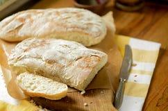 Twee broden van brood Stock Afbeeldingen
