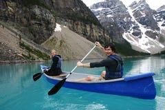 Twee canoers Royalty-vrije Stock Afbeeldingen