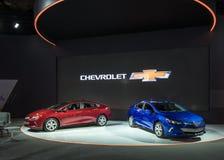 Twee 2017 Chevrolet-Voltauto's royalty-vrije stock fotografie