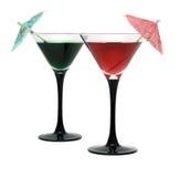 Twee cocktails die op whit worden geïsoleerdn stock afbeeldingen
