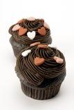 Twee cupcakes met kleine harten Royalty-vrije Stock Foto's