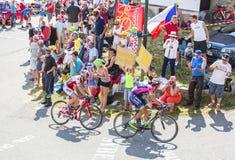Twee Fietsers op Col. du Glandon - Ronde van Frankrijk 2015 stock fotografie