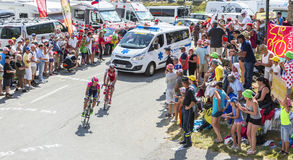 Twee Fietsers op Col. du Glandon - Ronde van Frankrijk 2015 royalty-vrije stock foto