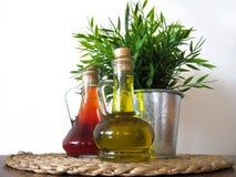 Twee flessen van oli Stock Foto's