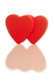 Twee geïsoleerdeg rode harten Royalty-vrije Stock Foto